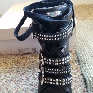 Michael Kors Shoes - Authentic Michael Kors black Grayson wedge